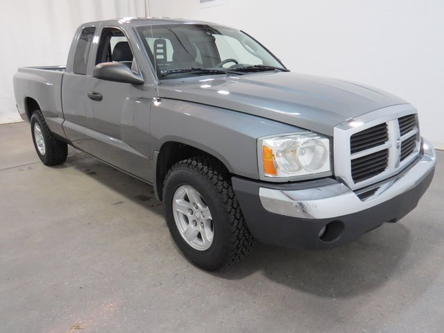 Used Dodge Dakota SLT